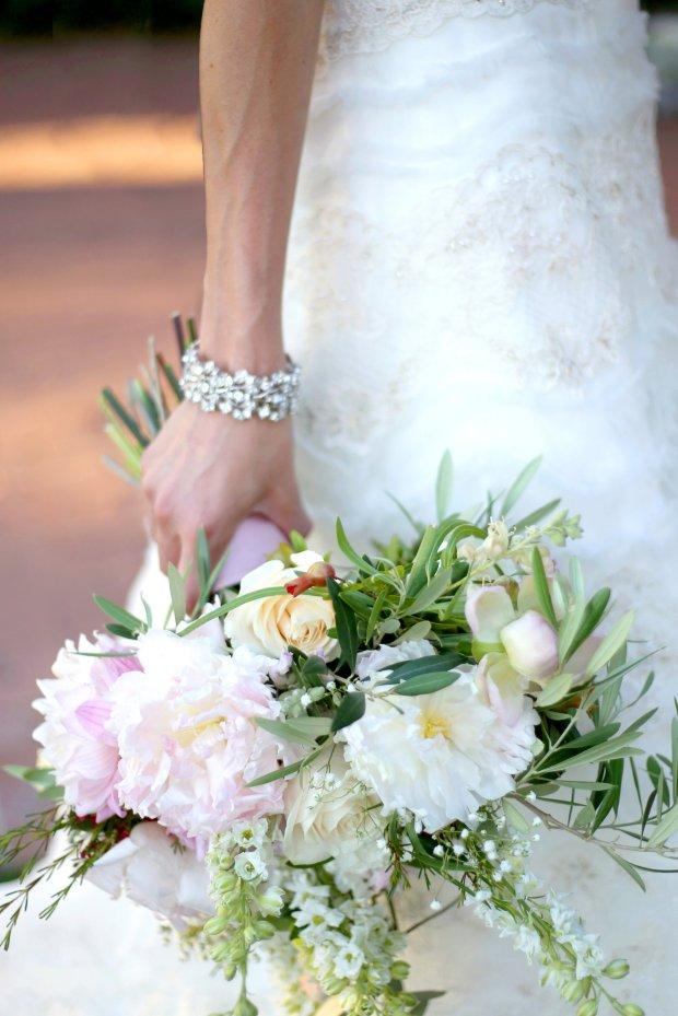 Soft, romantic garden style bridal bouquet