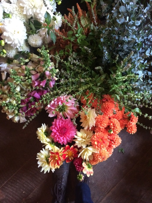 local flowers for DIY brides